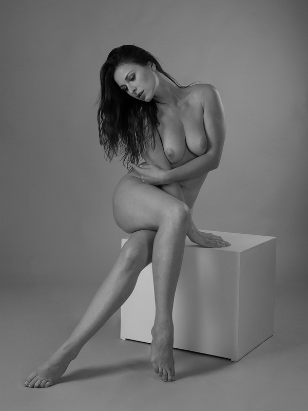 Nude on a Cube 1